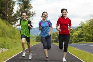 Short, intense exercise bursts can reduce heart risk to teens