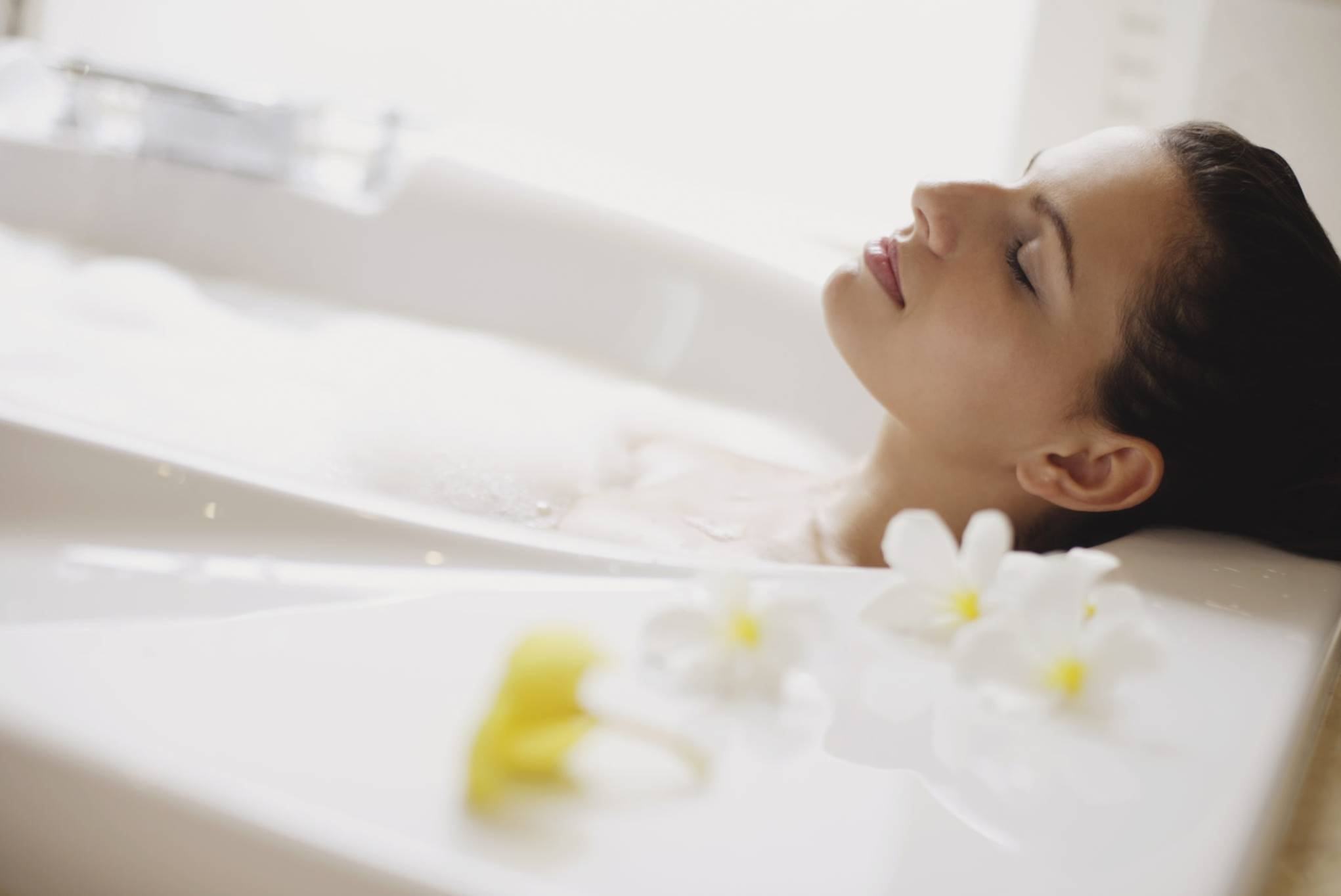 A hot bath may help improve inflammation, blood sugar levels!
