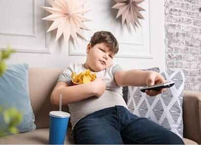 Heavy screen time linked with overweight among children
